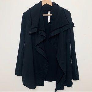 LULULEMON 4 stunning black wrap athletic jacket C